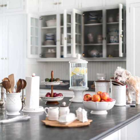 Serveware collection with 32 products