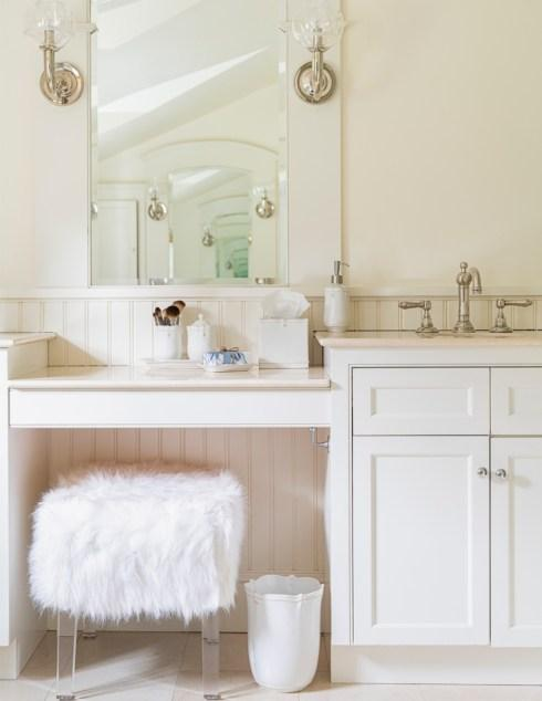 Bath Accessories collection with 9 products