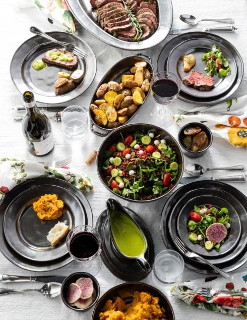 Pewter Stoneware collection with 22 products