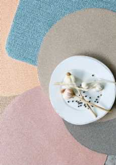 Reversible Placemats collection with 8 products