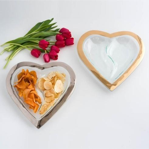 """13 ½"""" heart chip and dip"""