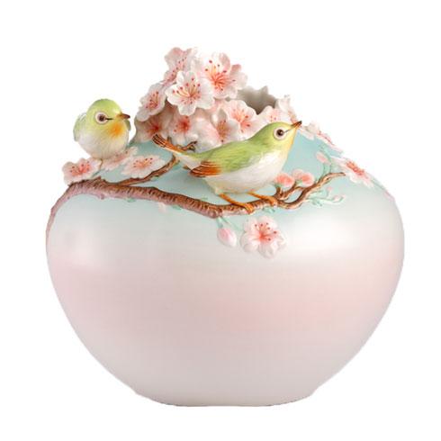 $560.00 Vase, Japanese white-eye