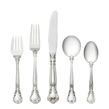 66 Piece Set, Place Size with Cream Soup Spoon. Service for 12