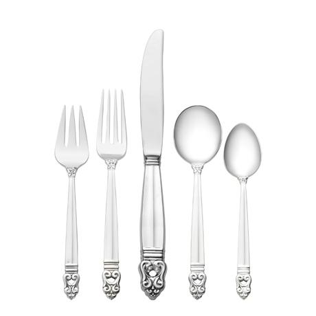46 Piece Set, Place Size with Cream Soup Spoon. Service for 8