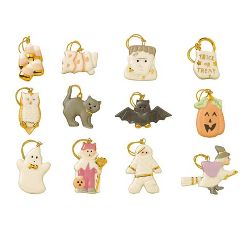 $79.95 12pc Trick Or Treat Ornament Set