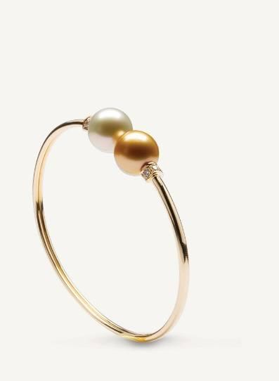 $4,270.00 Les Classiques Golden and White South Sea Pearl Bracelet