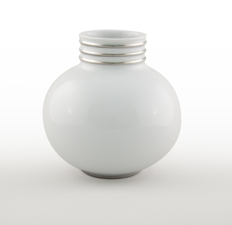 Arienne Small Vase, White/Platinum