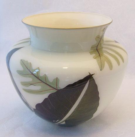 Ginger Jar Vase Grean Leaf on Cream