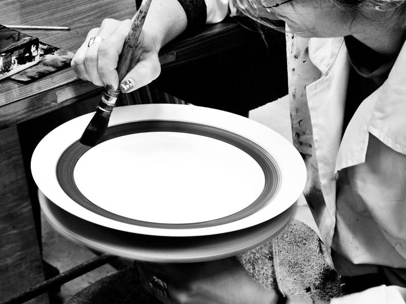Porcel artisan painting items