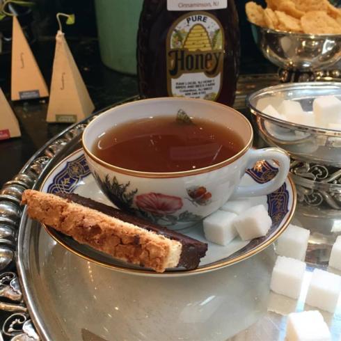 Mottahedeh tea