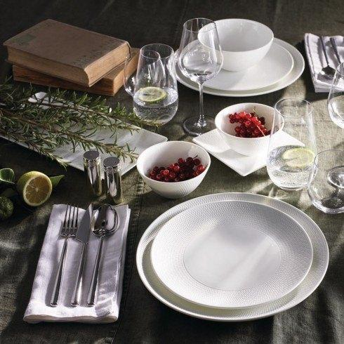 Wedgwood dining