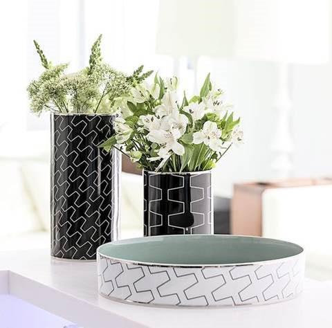 Vista Alegre Black & White