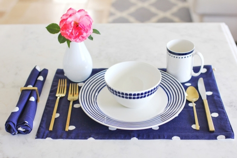 ... of Casual Tabletop that can WARM-UP the WINTER --- even in Northeastern Pennsylvania !!! ... The Pattern is \ Charlotte Street\  from kate spade new york ... & Official News for Live With It by Lora Hobbs from Bridge Catalog ...