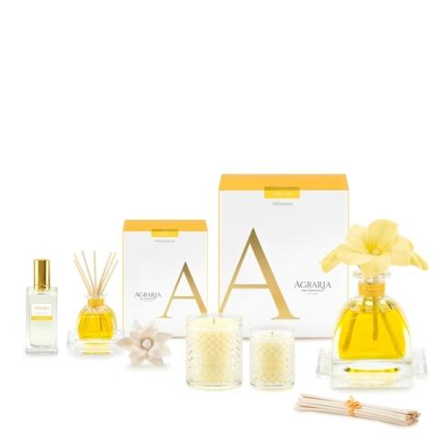 Golden Cassis collection with 7 products