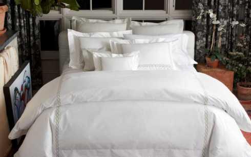 Matouk  Classic Chain Bed King Flat $239.00