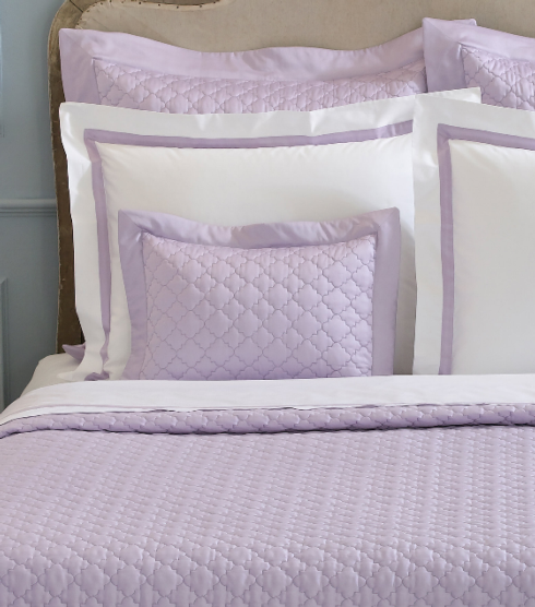 Ava Quilt collection with 6 products