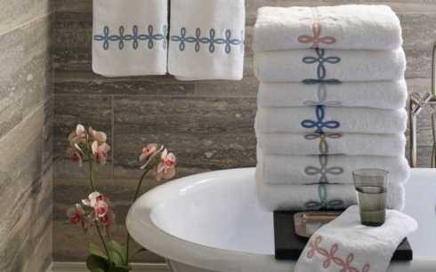 Matouk  Gordian Knot Bath Bath Towel $89.00