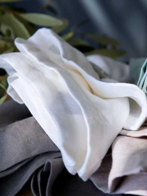 Lifestyle image 2 for Porto - White