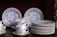 Oiseau Blue & White collection with 16 products