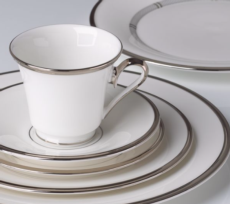 Solitaire White®  collection with 4 products