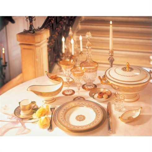 Elysee (Historic Table) collection with 22 products