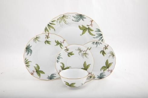 Foret Garland collection with 7 products