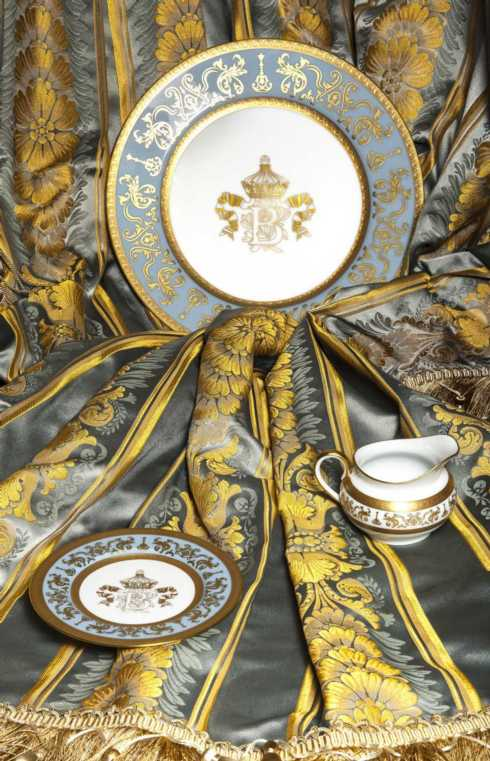 Couronne Impériale Blue/Gold collection with 10 products