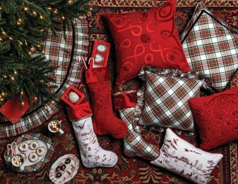 Holiday Home Decor collection with 21 products