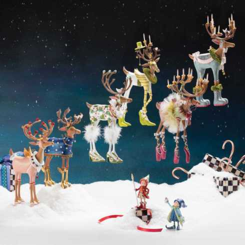 Dash Away Reindeer Figures collection with 8 products
