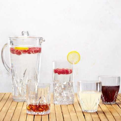 Aurora Drinkware collection with 16 products