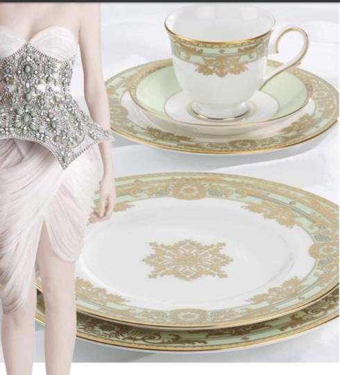 Rococo Leaf  collection with 1 products