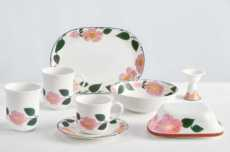 Rose Sauvage Dinnerware collection with 6 products