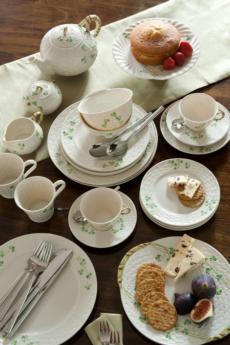 Shamrock Tableware collection with 20 products