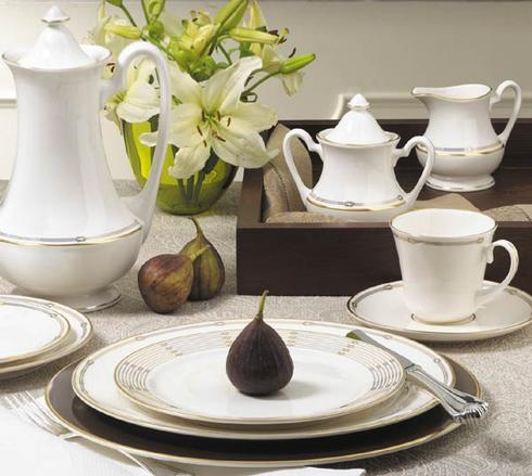 $250.00 Alexis 5 Piece Place Setting