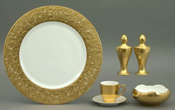 Metropolitan - Gold collection with 20 products