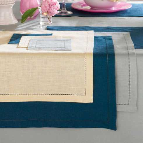 Placemats collection with 12 products