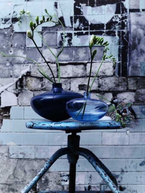 Swinging Vases collection with 6 products