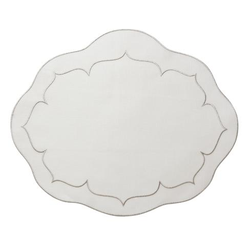 Linho Oval Placemats collection with 17 products