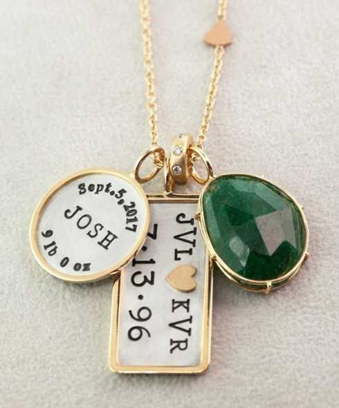 NECKLACES collection with 10 products