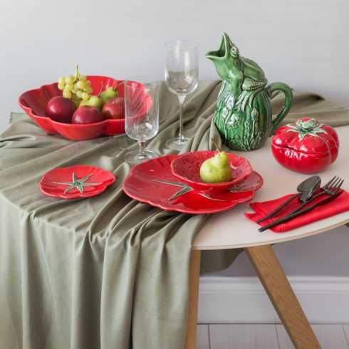 Lifestyle image 2 for Tomato
