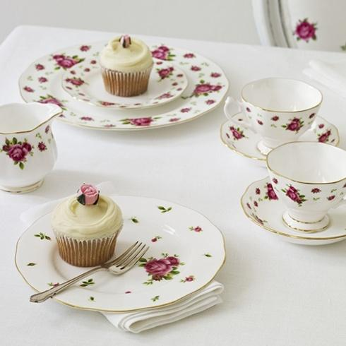 New Country Roses White collection with 2 products