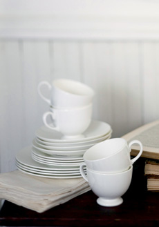 Wedgwood White collection with 14 products