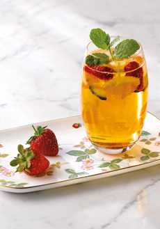 Lifestyle image 1 for Wild Strawberry Al Fresco Entertaining