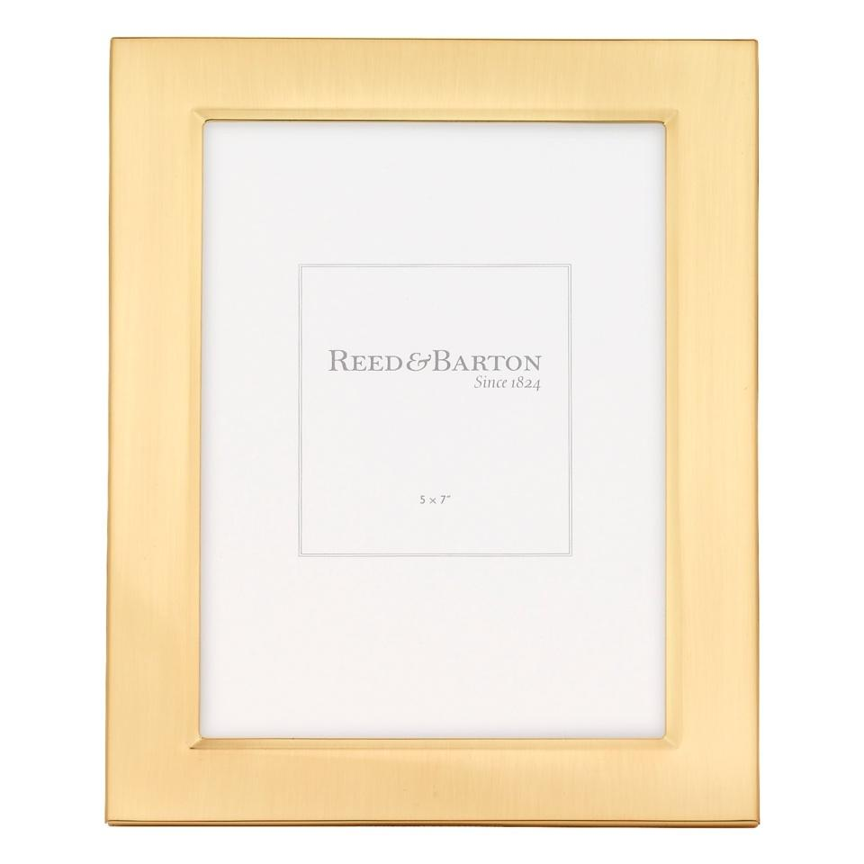 6000 classic gold accent frame 5 x 7