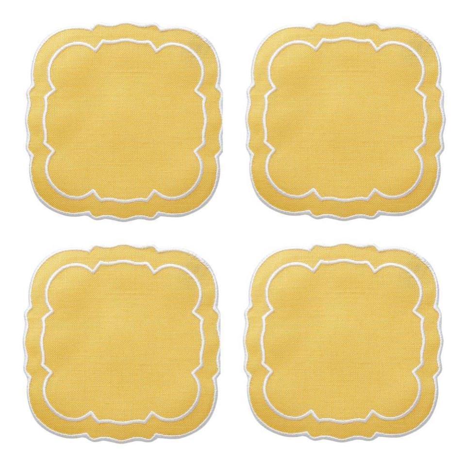 https://img.bridgecatalog.com/product_expanded/SKR/106YEL-Linho-Scalloped-Square-Coasters-Yellow-1000x1000.jpg