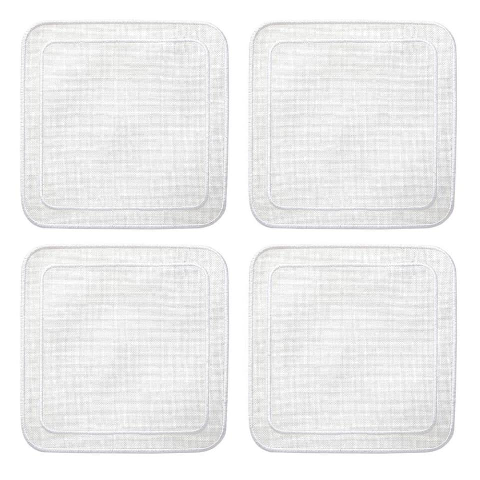 https://img.bridgecatalog.com/product_expanded/SKR/108WHT-Linho-Simple-Square-Coasters-White-1000x1000.jpg