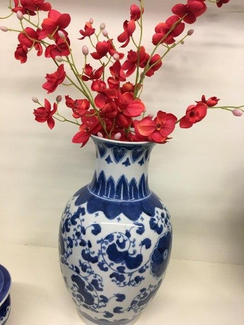 Big Blue Vase collection with 1 products