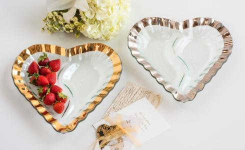 "13"" heart chip and dip"