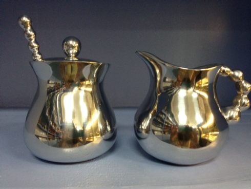 Pearled Creamer and Sugar Set collection with 1 products
