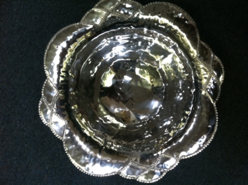 $165.00 Sueno Bordered Serving Bowl